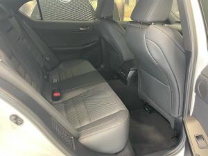 Lexus IS 300h F Sport - Image 8