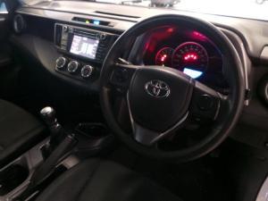 Toyota RAV4 2.2D-4D AWD GX - Image 6