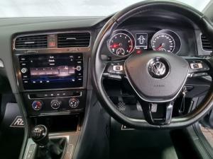 Volkswagen Golf 1.0TSI Comfortline - Image 16