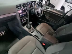 Volkswagen Golf 1.0TSI Comfortline - Image 19