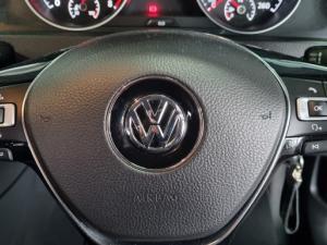 Volkswagen Golf 1.0TSI Comfortline - Image 24