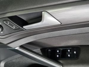 Volkswagen Golf 1.0TSI Comfortline - Image 26