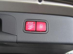 Mercedes-Benz GLC 300d 4MATIC - Image 16