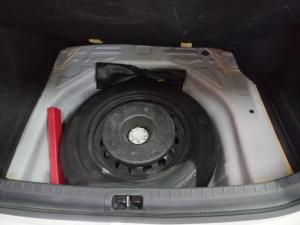 Toyota Corolla Quest 1.8 - Image 10