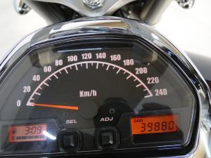 Suzuki VZR 1800 - Image 9