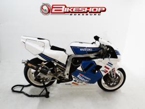Suzuki GSX R750 L.m.n - Image 1