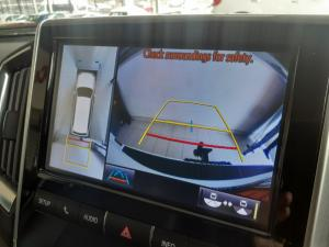 Toyota Land Cruiser 200 4.5D-4D V8 VX-R - Image 11