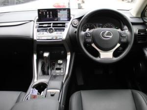 Lexus NX 300 EX - Image 5
