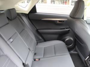 Lexus NX 300 EX - Image 6