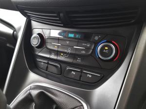 Ford Kuga 1.5TDCi Trend - Image 13