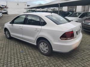 Volkswagen Polo sedan 1.4 Trendline - Image 13