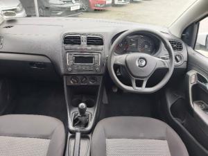 Volkswagen Polo sedan 1.4 Trendline - Image 14