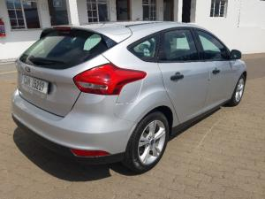Ford Focus hatch 1.0T Ambiente auto - Image 12