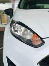 Ford Fiesta 5-door 1.0T Ambiente - Image 5