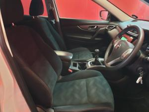 Nissan X-Trail 2.0 XE - Image 10