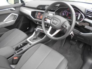 Audi Q3 1.4T S Tronic S Line