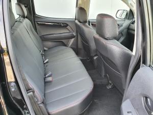 Isuzu D-Max 250 double cab X-Rider auto - Image 9