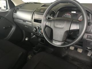 Isuzu D-MAX 250 HO Fleetside Safety S/C