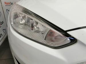 Ford Focus hatch 1.5TDCi Trend - Image 8