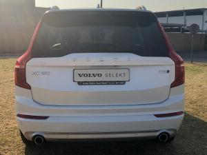 Volvo XC90 D5 Momentum AWD - Image 4