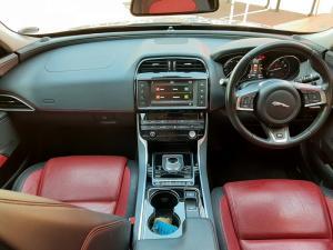 Jaguar XE 25t R-Sport - Image 6
