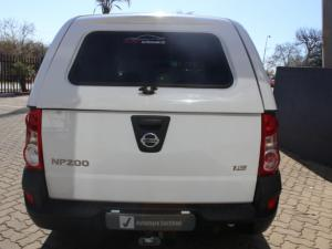 Nissan NP200 1.6i (aircon) safety pack - Image 3