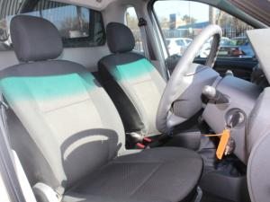 Nissan NP200 1.6i (aircon) safety pack - Image 6
