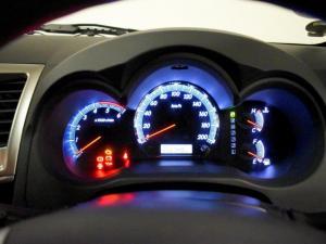 Toyota Fortuner 2.5D-4D RB - Image 6