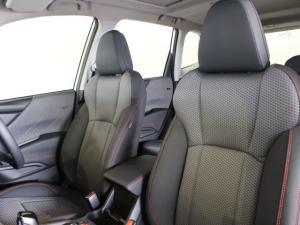 Subaru Forester 2.5i-Sport ES - Image 6