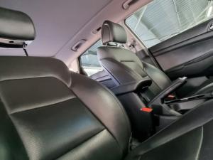 Hyundai Tucson 2.0CRDi Elite - Image 17