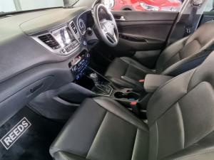 Hyundai Tucson 2.0CRDi Elite - Image 19