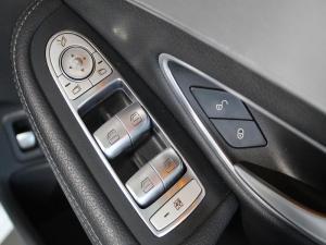 Mercedes-Benz C250 Bluetec AMG Line automatic - Image 8