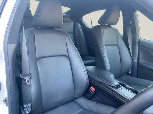 Lexus IS 200T EX/300 EX - Image 7