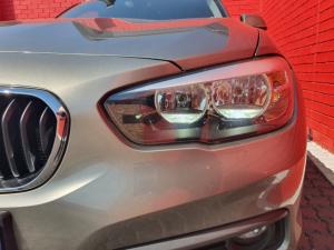 BMW 1 Series 118i 5-door auto - Image 11