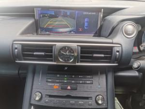 Lexus IS 350 F-Sport - Image 10