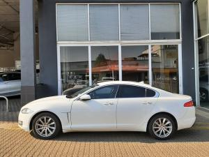 Jaguar XF 2.0 i4 Premium Luxury - Image 2