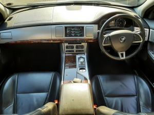 Jaguar XF 2.0 i4 Premium Luxury - Image 6