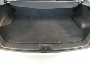 Subaru Impreza 2.0 R sedan auto - Image 13