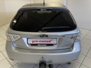 Subaru Impreza 2.0 R sedan auto - Image 6