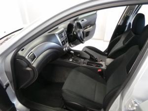 Subaru Impreza 2.0 R sedan auto - Image 7
