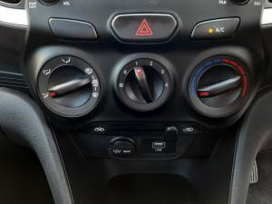 Hyundai Atos 1.1 Motion - Image 15