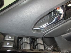 Isuzu MU-X 3.0D automatic - Image 25
