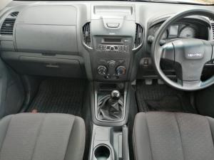Isuzu D-Max 250 double cab Hi-Ride - Image 6