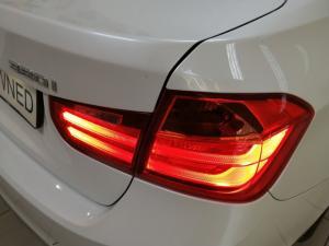 BMW 3 Series 320i Luxury auto - Image 15