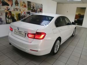 BMW 3 Series 320i Luxury auto - Image 3