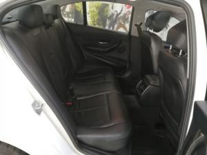 BMW 3 Series 320i Luxury auto - Image 7