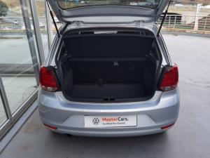 Volkswagen Polo Vivo hatch 1.6 Highline - Image 8