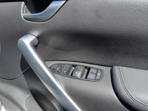 Mercedes-Benz X-Class X250d double cab 4Matic Power auto - Image 9