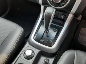 Isuzu D-Max 300 3.0TD double cab 4x4 LX auto - Image 13