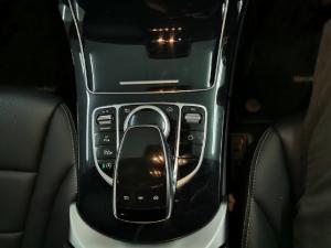 Mercedes-Benz C-Class C220d - Image 10